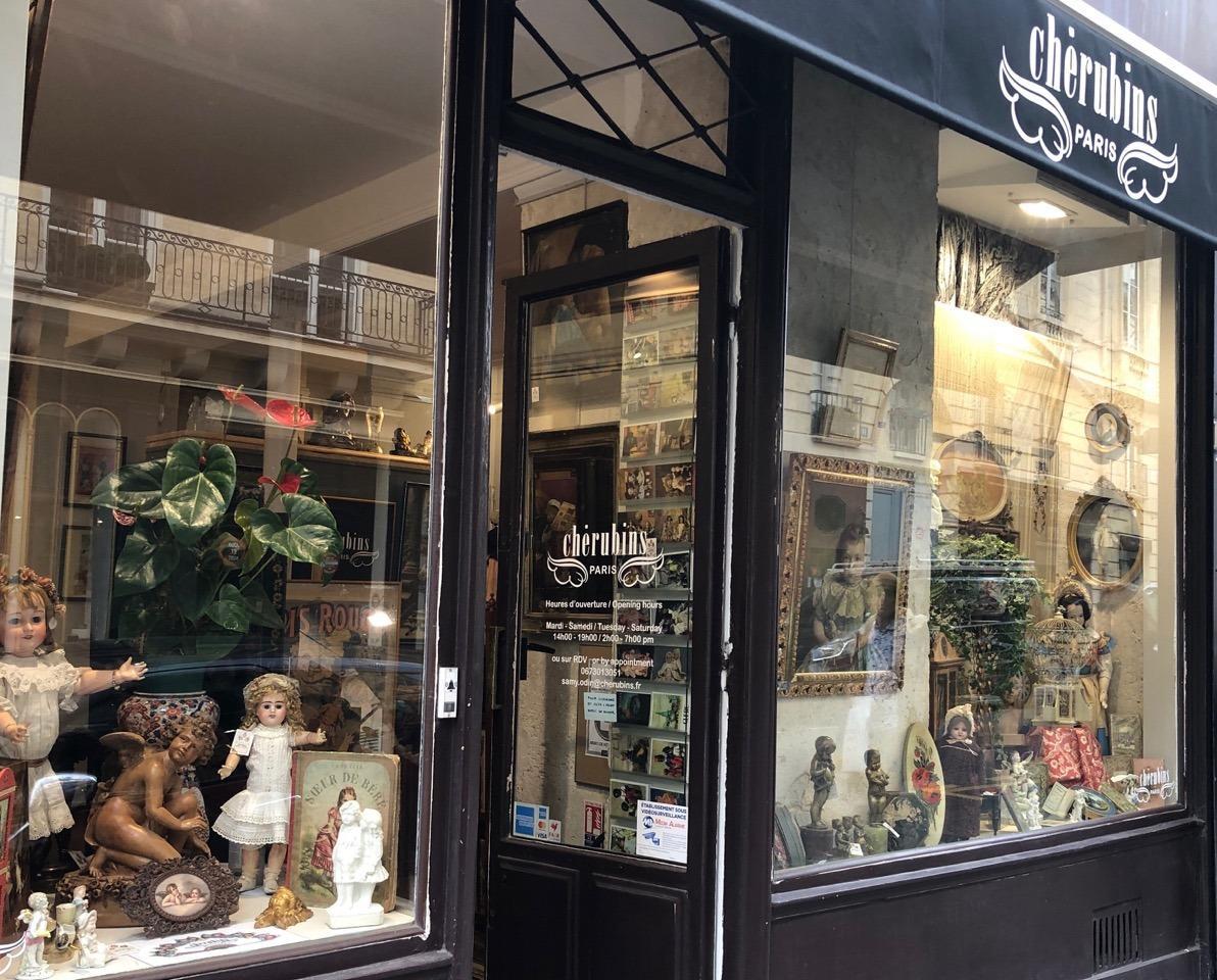 Devanture boutique Cherubins